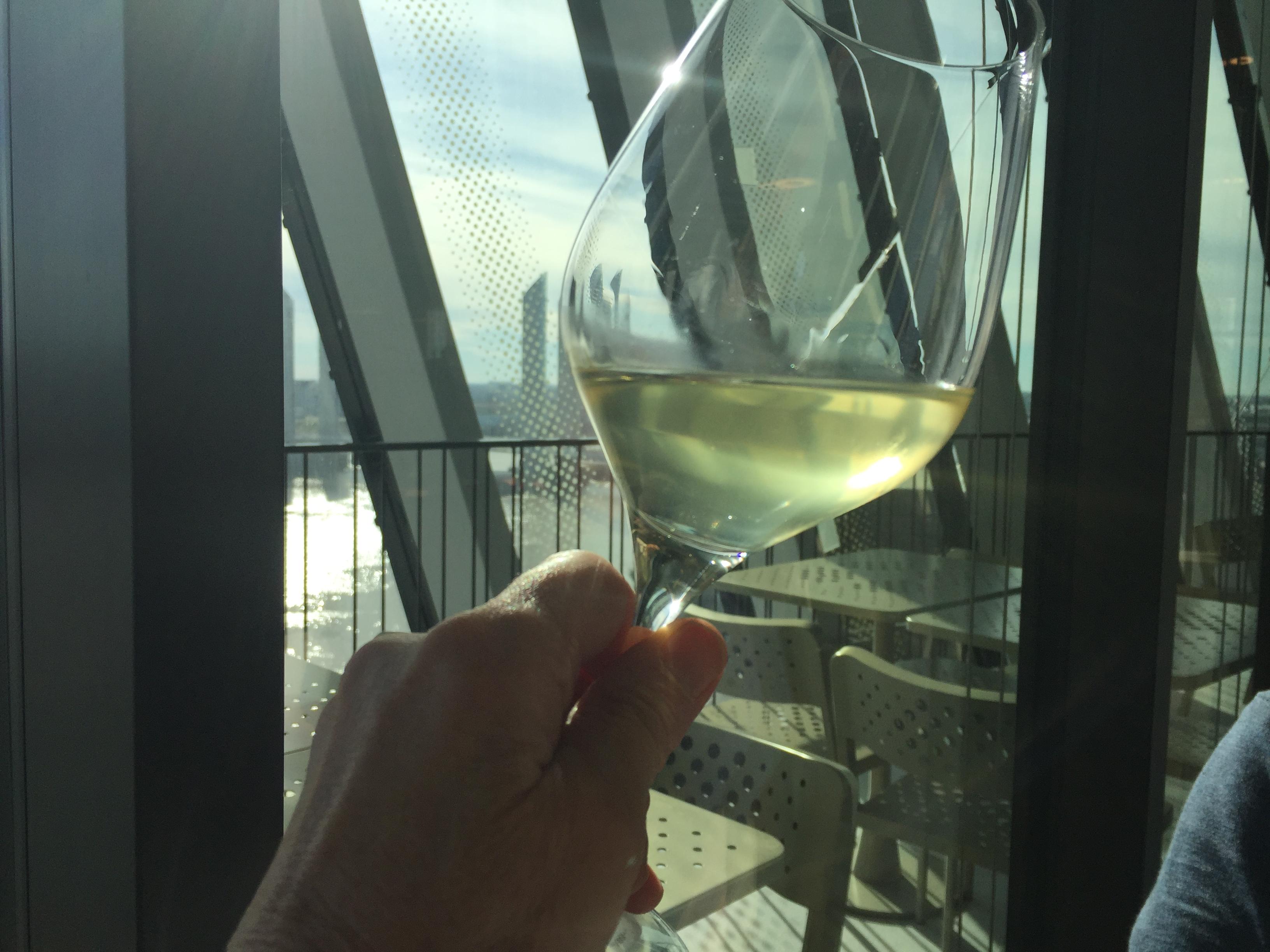 livingincognac - cité du vin bordeaux