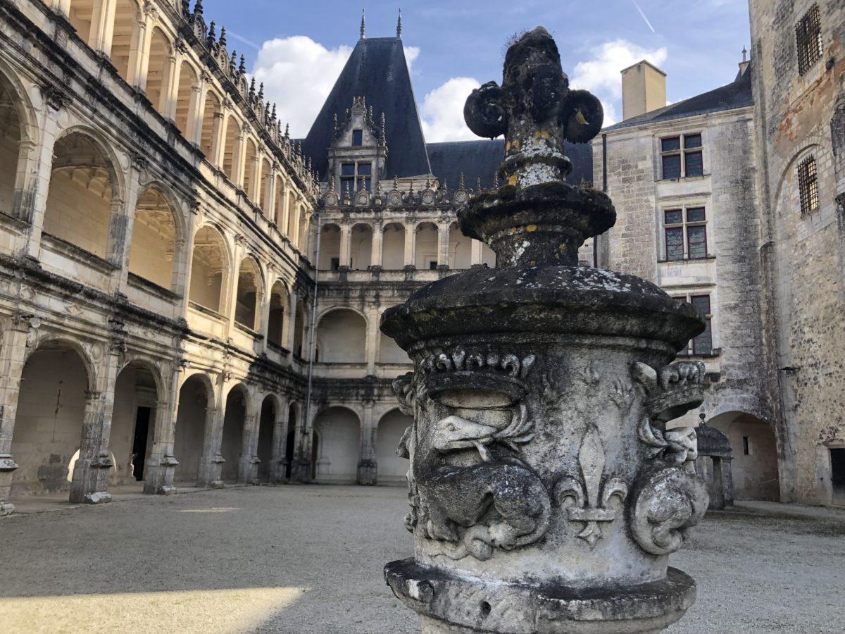 La cour Renaissance du château de La Rochefoucauld