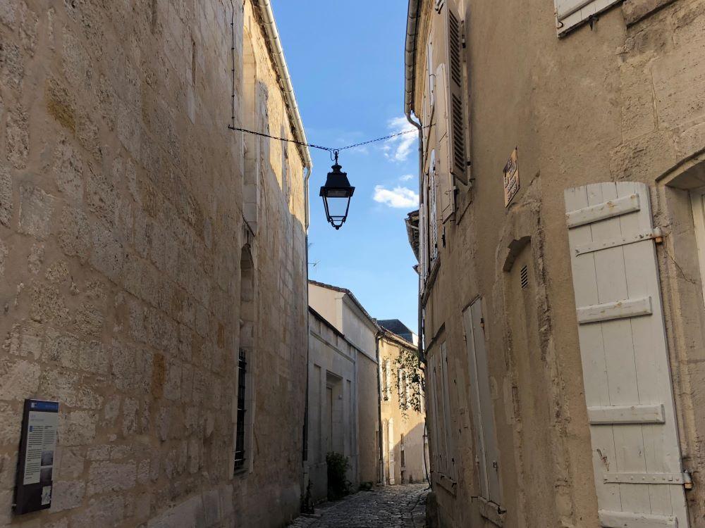 une rue de la ville de Cognac