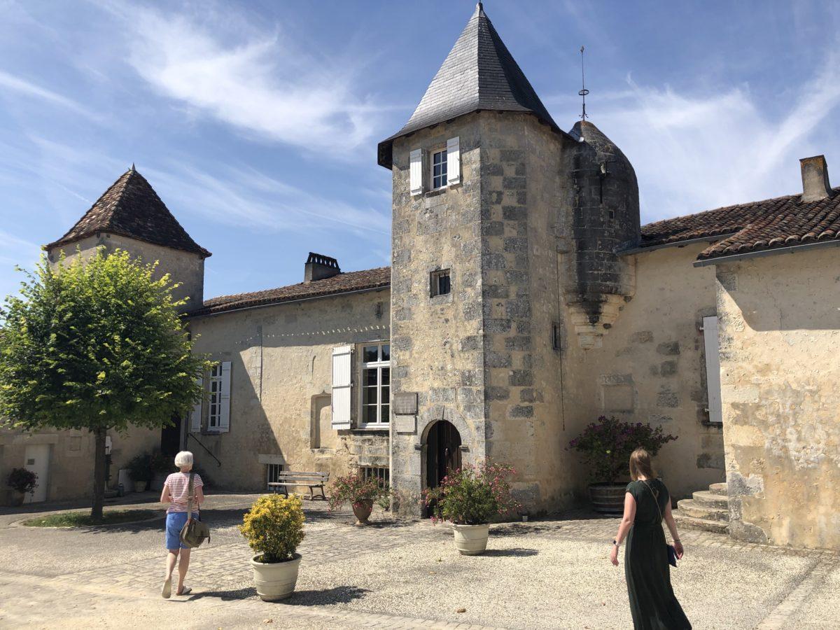 la tour du Maine Giraud propriété de cognac