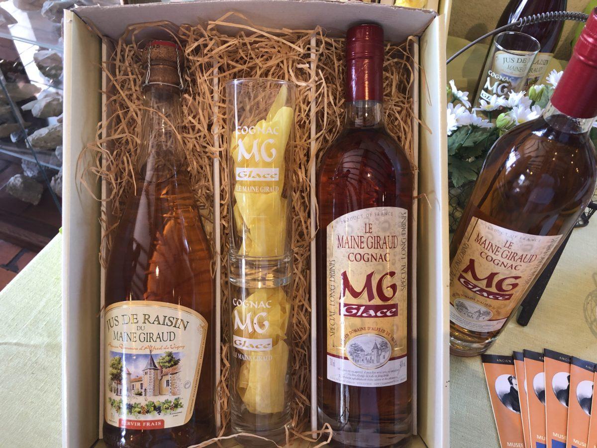 Les produits du Maine Giraud ancienne propriété d'Alfred de Vigny