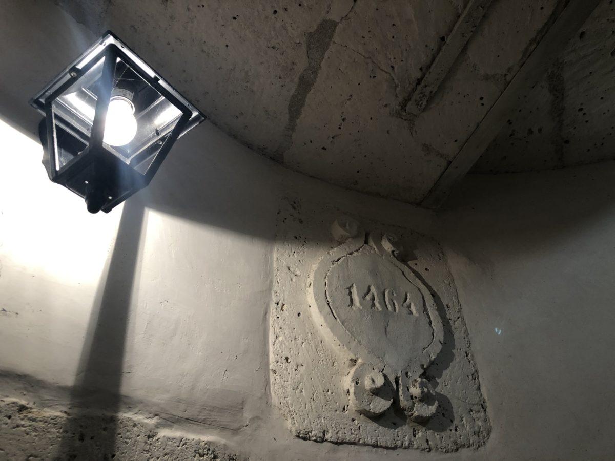 la pierre datant l'origine actuelle du maine giraud