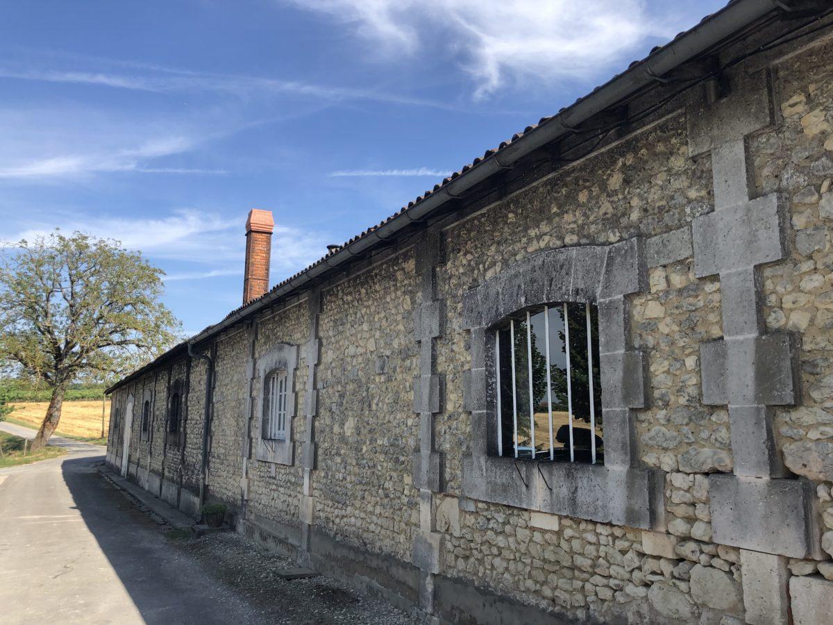 la distillerie de cognac du Maine Giraud