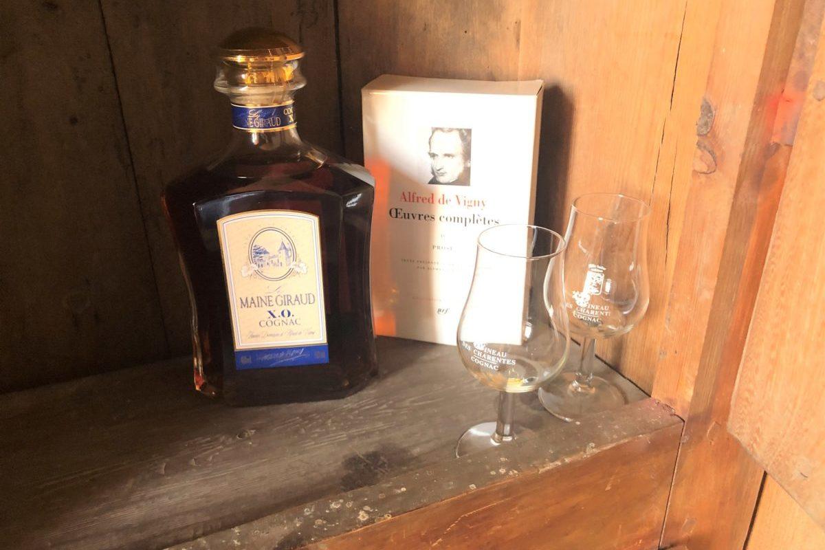 Alfred de Vigny son oeuvre littéraire et le cognac produit sur son ancien domaine du Maine Giraud