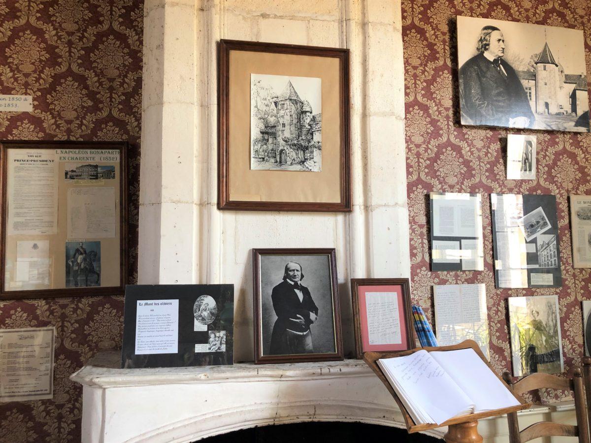 le musée Alfred de Vigny dans son ancienne propriété du Maine Giraud