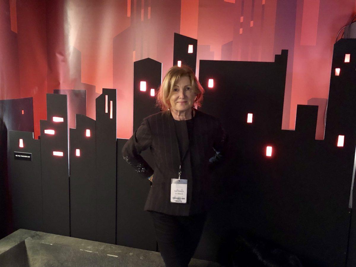 Anne du blog living in cognac dans l'exposition Batman au festival de la BD d'angoulême