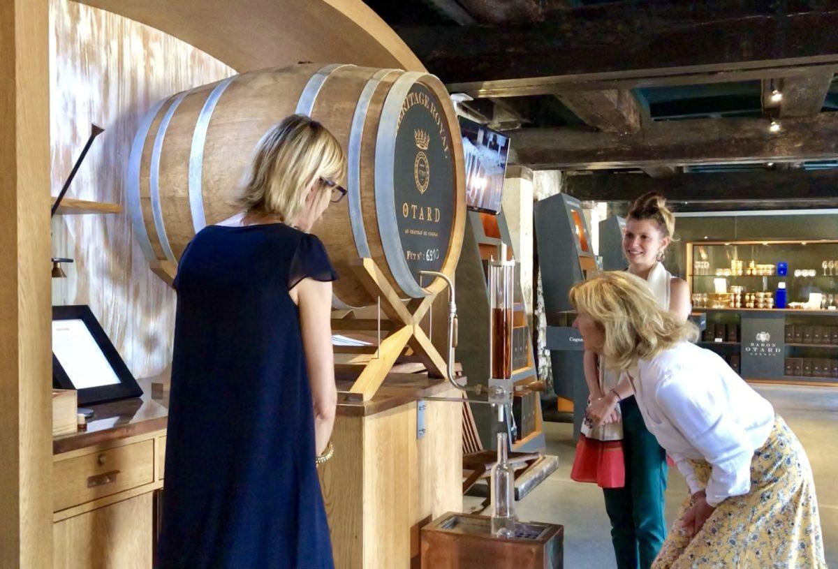 cognac heritage royal remplissage de la bouteille
