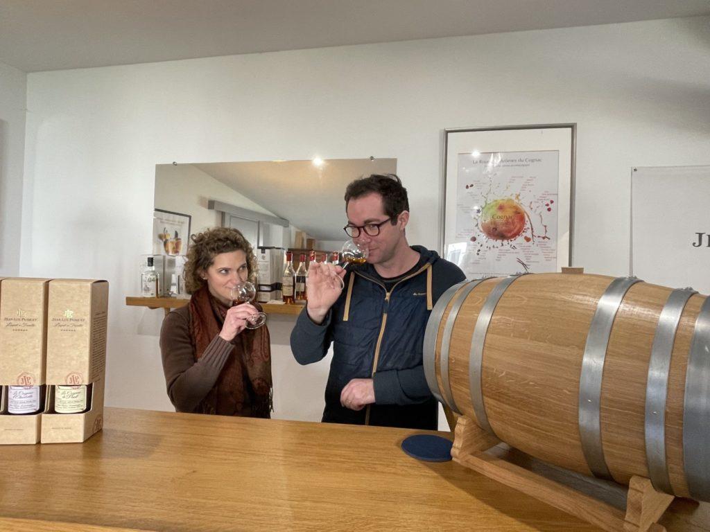 Amy et Jean Pasquet tasting their new cognac tirbute to the birkebeinerennett for norvegian market