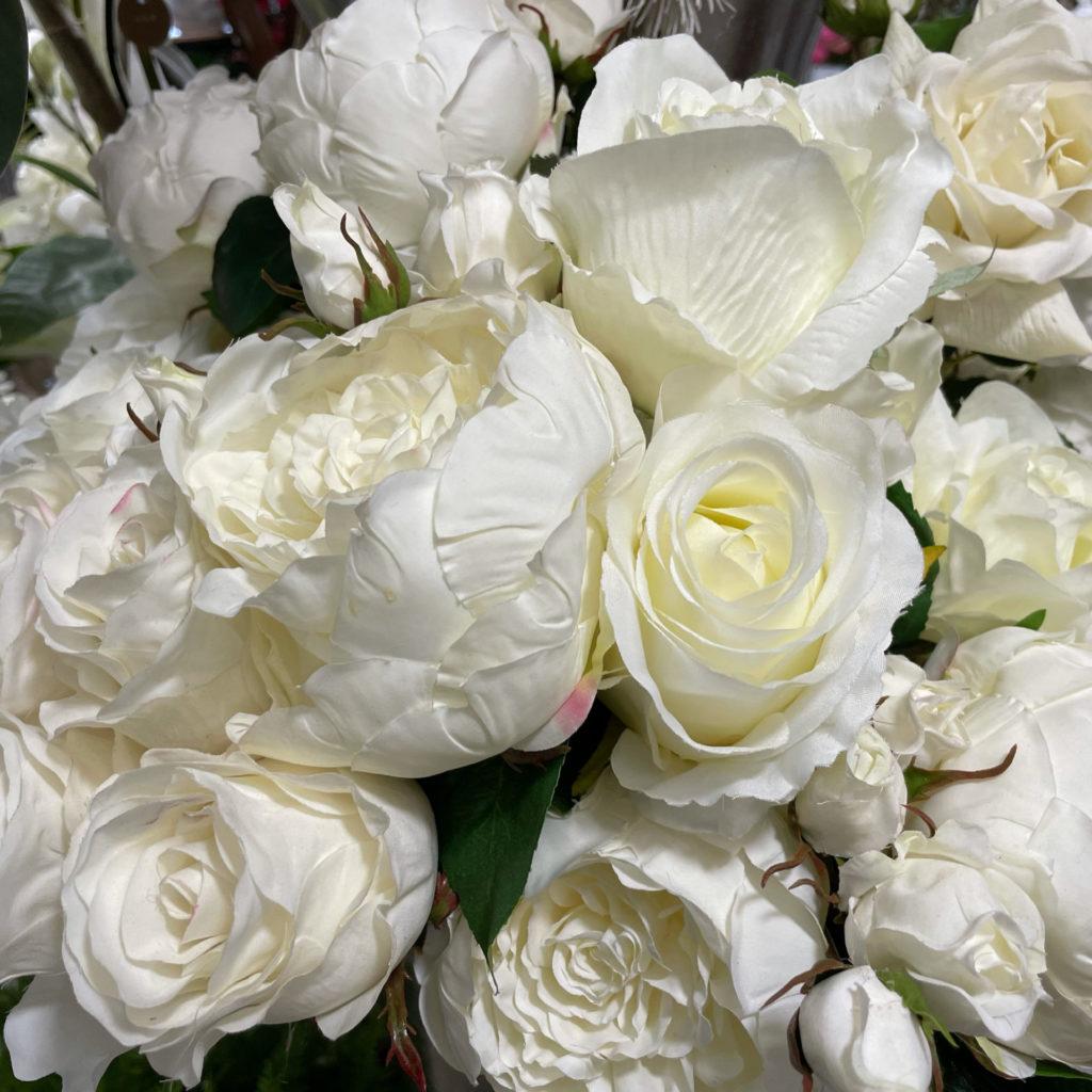 composition florale de fleurs artificielles chez Art Alia
